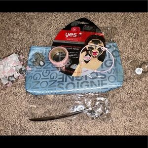 Accessories - Great Gift Idea Makeup Bag Of Goodies NWT Ladies